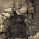 Гроб у апсиди цркве Светог Арханђела Михаила.